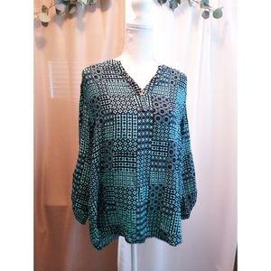 Size XL Kaari Blue teal & blue pattern shirt